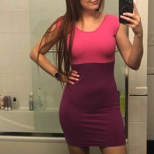 Dresses & Skirts - Color Block Bodycon Mini Dress